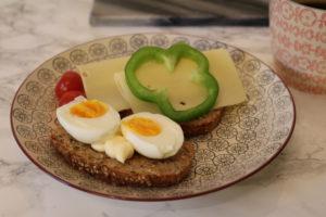 Ingenting slår ferskt nystekt brød til frokost :-)